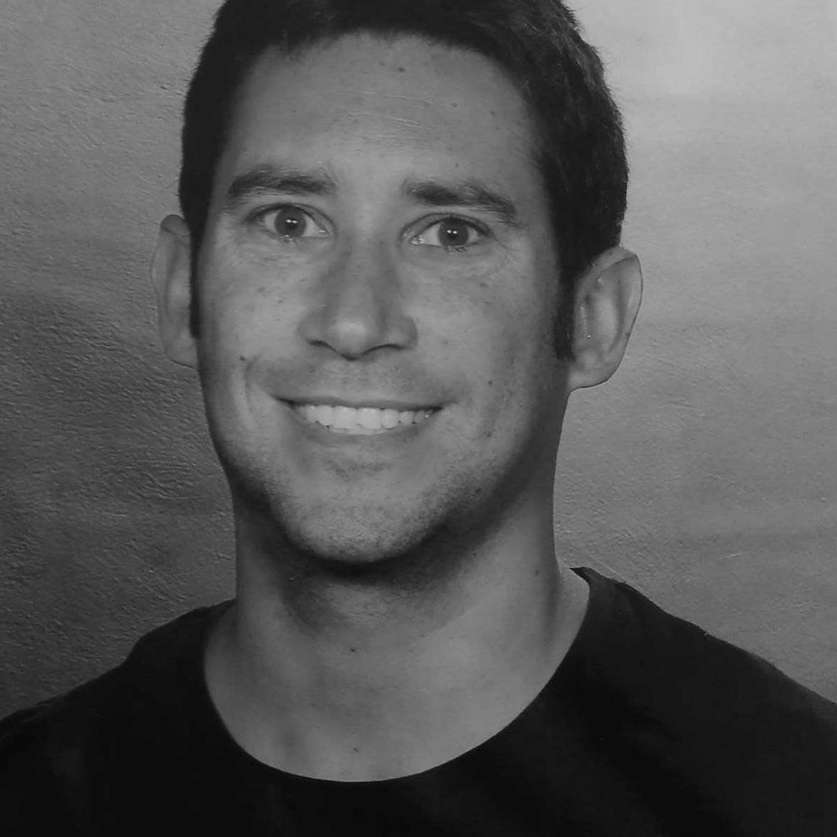 Eduardo-Larraz BN